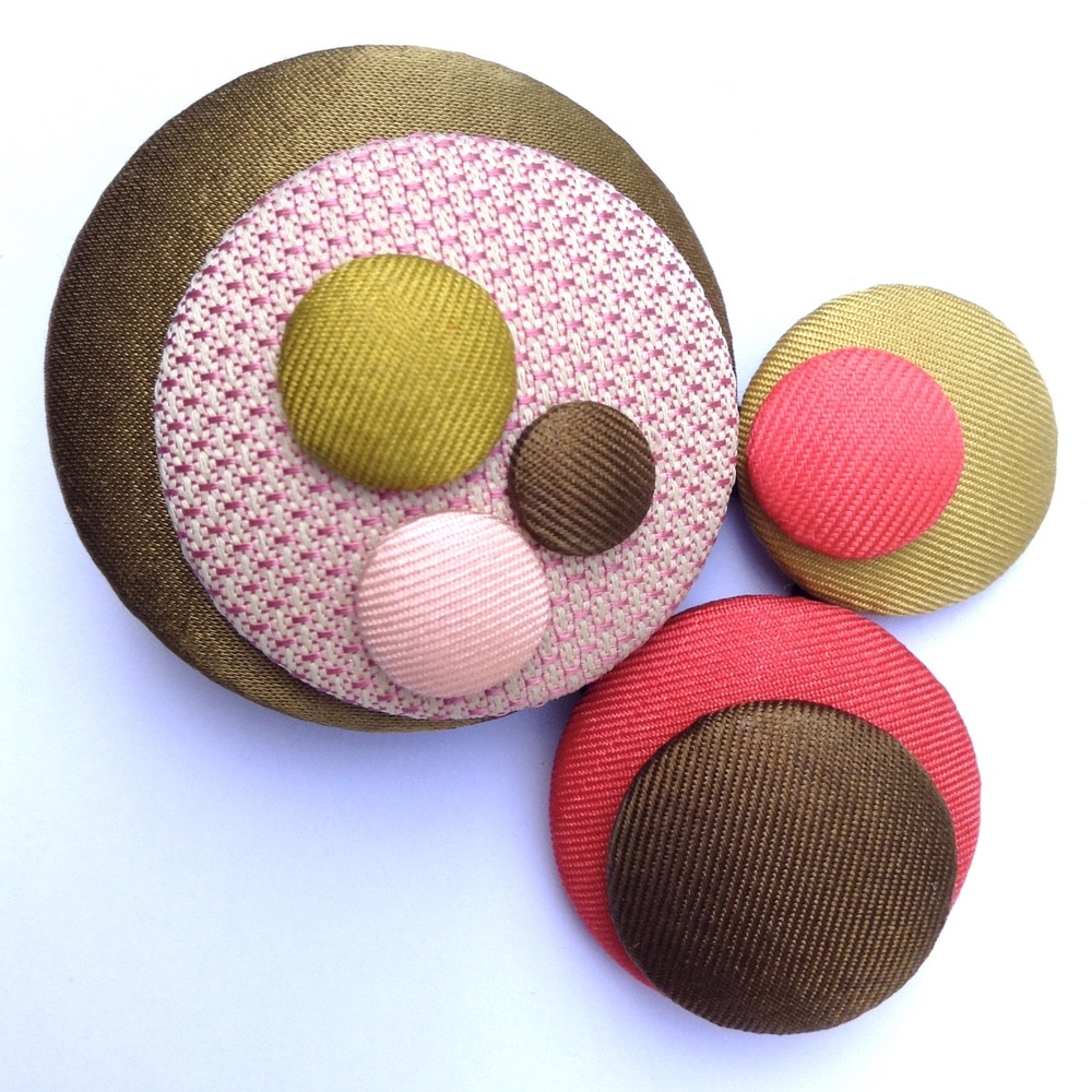 Broches pastilles 12