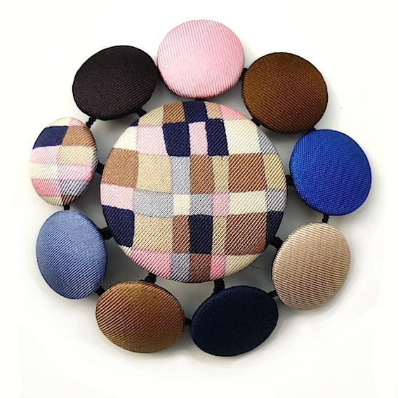 Broches pastilles 2