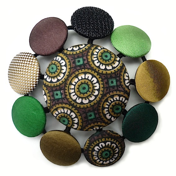 Broches pastilles 11