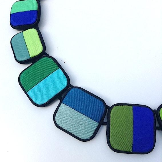 Colliers classiques et carrés 4