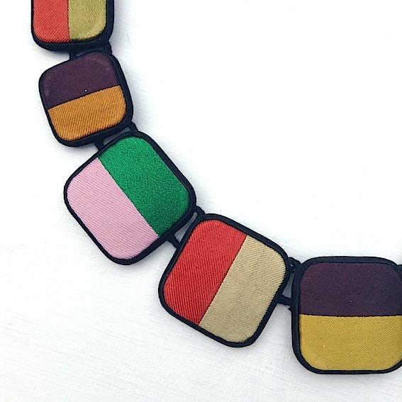 Colliers classiques et carrés 6