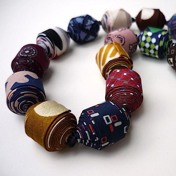 Colliers cravate 17
