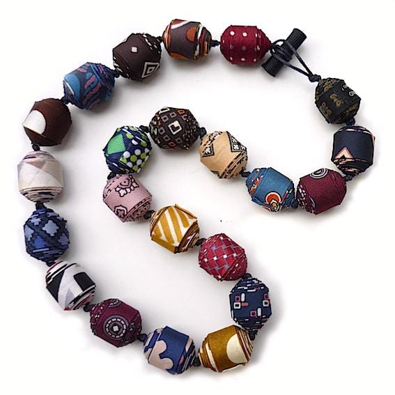 Colliers cravate 3