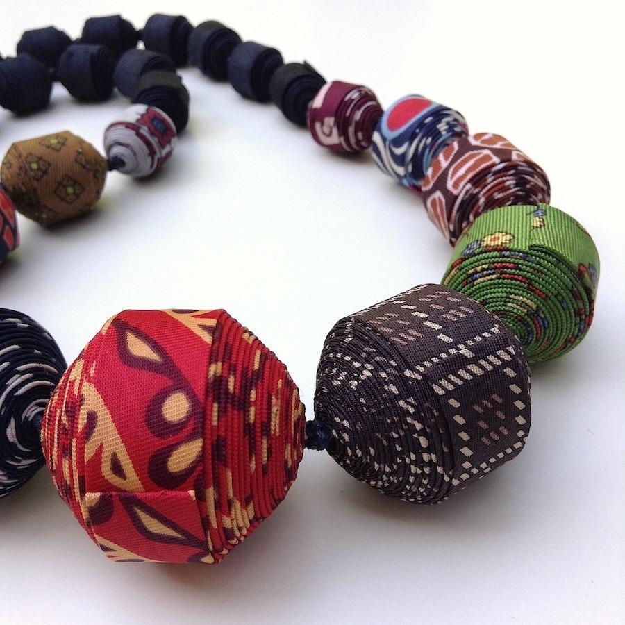 Colliers cravate 14